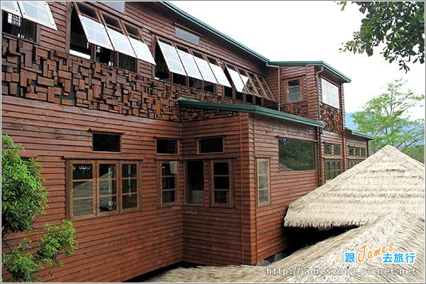 [埔里景點] 牛耳石雕公園-樹屋餐廳01.JPG