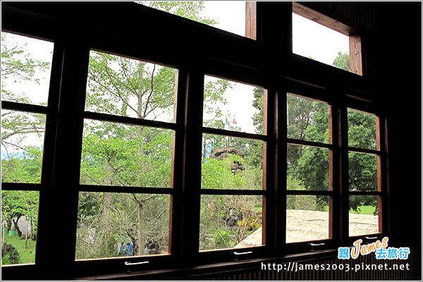 [埔里景點] 牛耳石雕公園-樹屋餐廳10.JPG