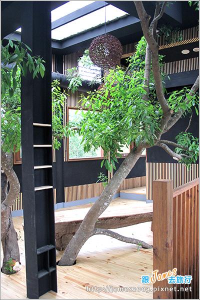 [埔里景點] 牛耳石雕公園-樹屋餐廳13.JPG