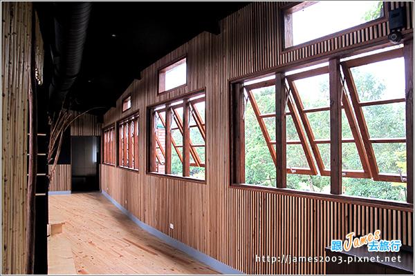[埔里景點] 牛耳石雕公園-樹屋餐廳15.JPG