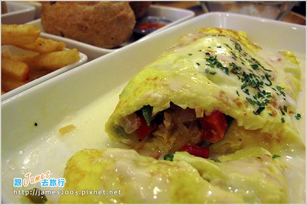[台中美食] 綠光咖啡屋早午餐17.JPG