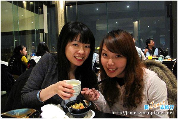 [台中聚餐] 清新溫泉飯店景餐廳~日本料理吃到飽01.JPG