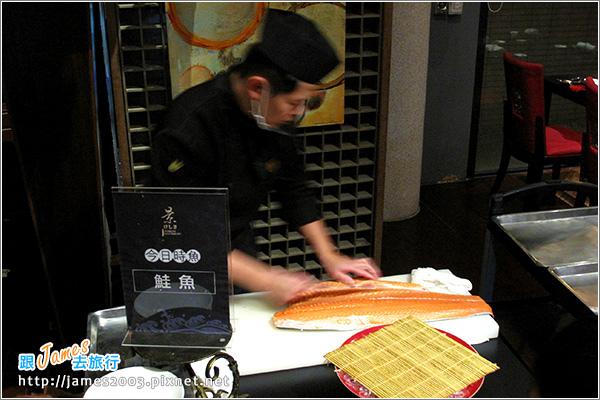 [台中聚餐] 清新溫泉飯店景餐廳~日本料理吃到飽21.JPG