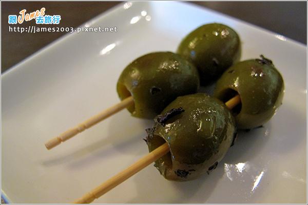 [台中聚餐美食] 新時代購物中心-胖橄欖義式主題餐廳05.JPG