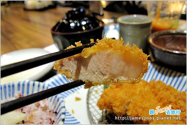 [台北美食] 杏子日式豬排店(阪急店)09.JPG