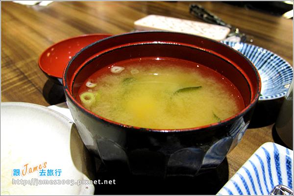 [台北美食] 杏子日式豬排店(阪急店)12.JPG