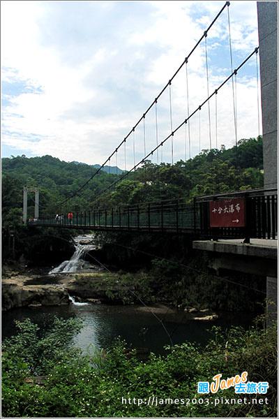 [台北景點] 基隆-平溪線。十分老街17.JPG