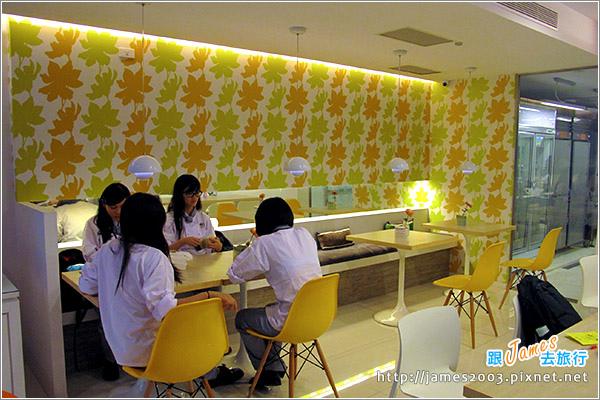 國立高雄餐旅大學貝尼特創意輕食村-香蕉霜淇淋22.JPG