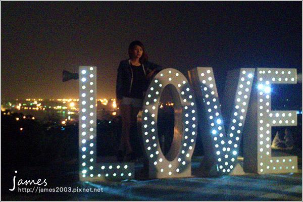 【高雄景點】壽山忠烈祠LOVE觀景台-情侶約會景點08.jpg