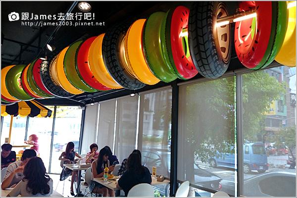 【台中美食】台中西屯逢甲- K.K. Banana 義大利麵、香蕉船 13.JPG