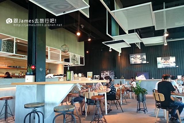 【員林美食】旅人咖啡館(員林店)下午茶、早午餐03.JPG