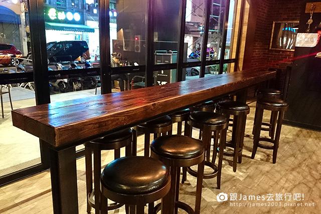 【台中美食】歐式工業風~多那之台中咖啡概念館(咖啡、蛋糕) 17.jpg