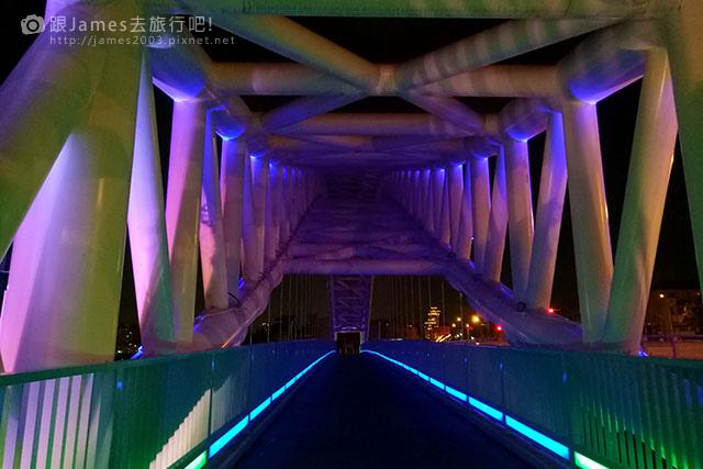 【台中外拍景點】北屯-海天橋(景觀橋)夜景 05.jpg