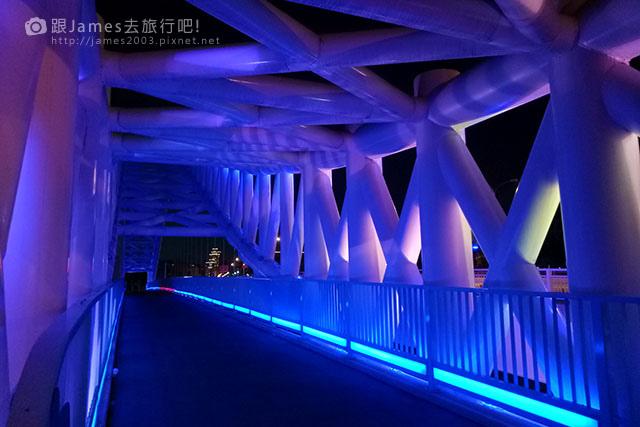 【台中外拍景點】北屯-海天橋(景觀橋)夜景 07.jpg