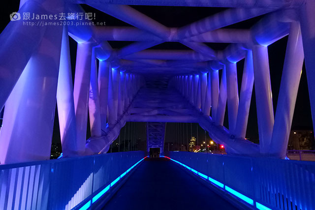 【台中外拍景點】北屯-海天橋(景觀橋)夜景 06.jpg