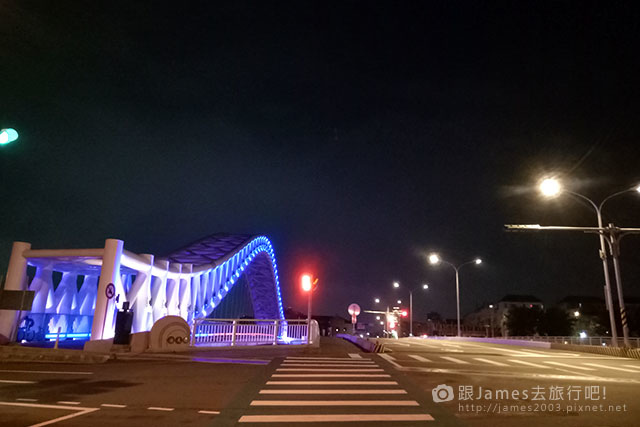 【台中外拍景點】北屯-海天橋(景觀橋)夜景 02.jpg
