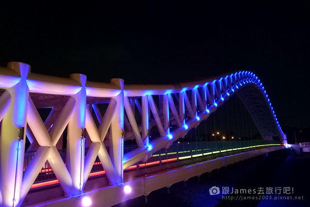 【台中外拍景點】北屯-海天橋(景觀橋)夜景 14.jpg