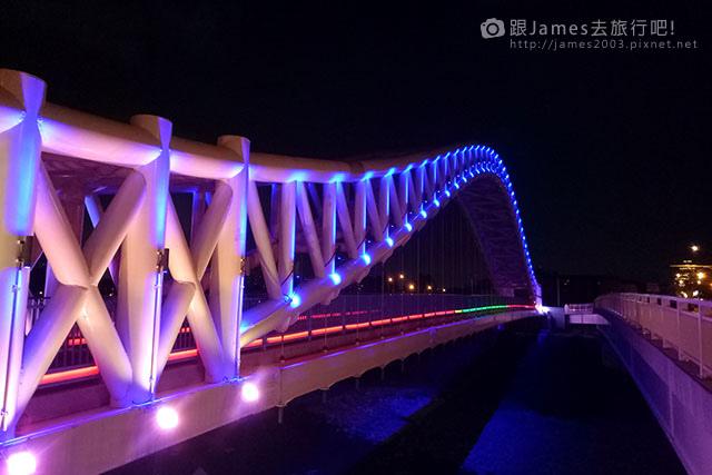 【台中外拍景點】北屯-海天橋(景觀橋)夜景 12.jpg
