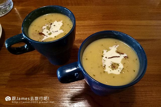【高雄美食】新興區-小義樓 kitchen 04.jpg