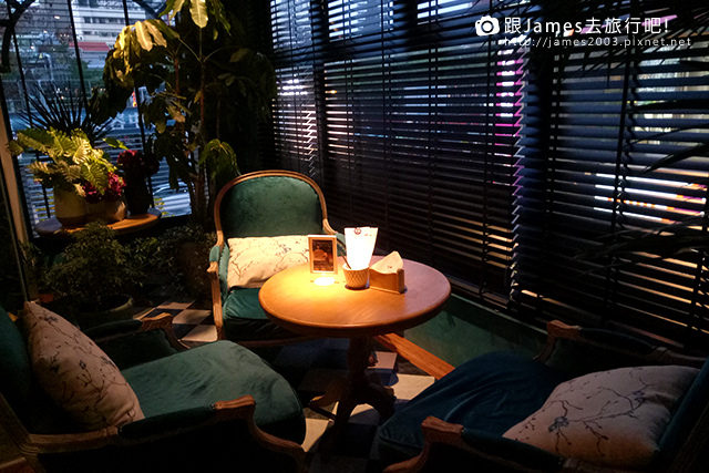 【台中美食】綠意盎然花園宮廷風- O%5CIN Tea House(草悟道門市) 03.jpg