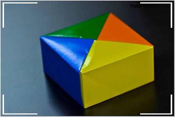 摺紙作品-四色盒