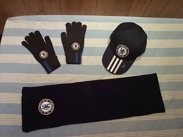 07-08帽子、09-10手套和圍巾