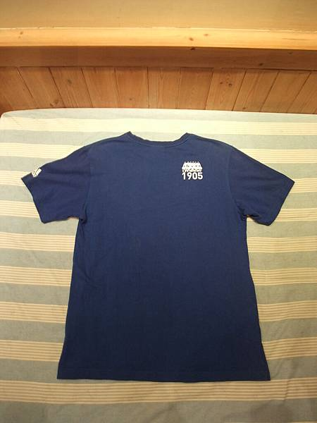 08-09T恤