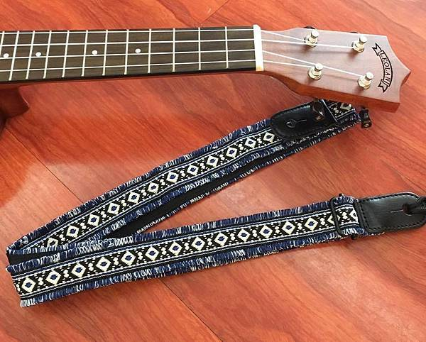 原住民圖紋風編織背帶1-2