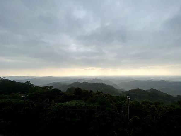 台南枕頭山