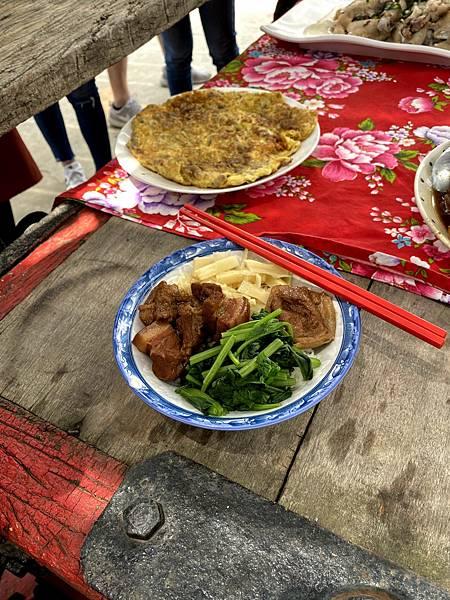 台南菁寮老街割稻飯