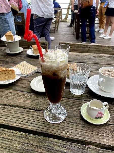 大鋤花間咖啡