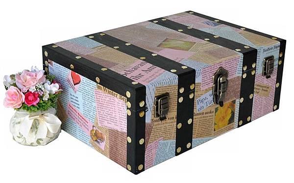 舊報紙拼貼木盒