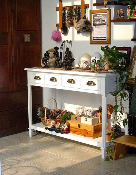 古斯塔夫式的玄關桌 001.jpg