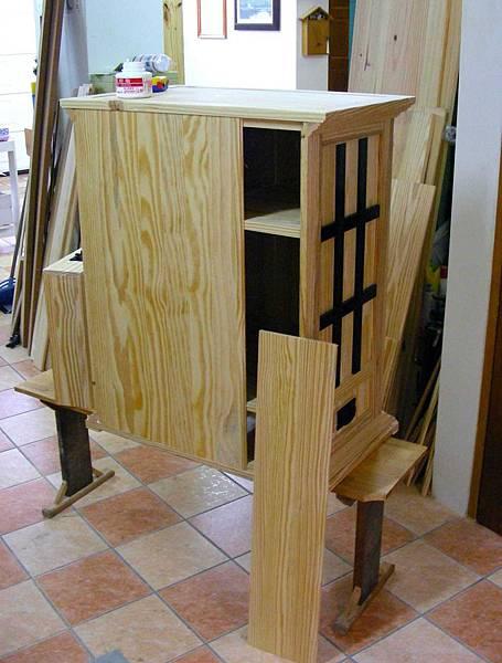 中世紀的貯物櫃 016