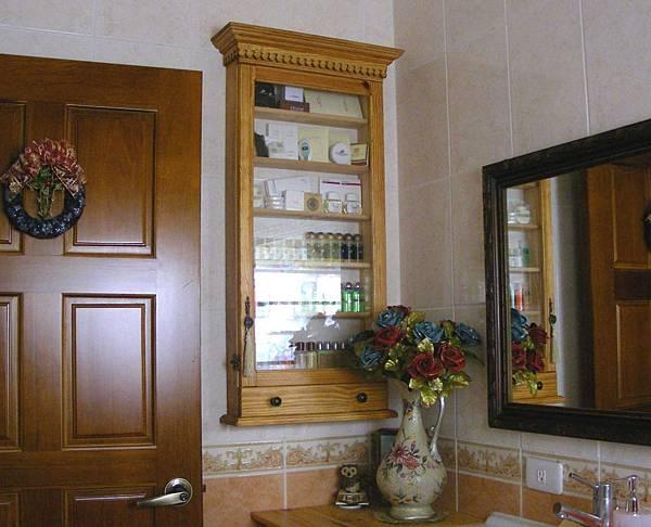 浴室的展示櫃 001