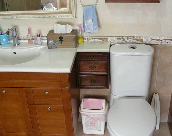 浴室小壁櫃 001