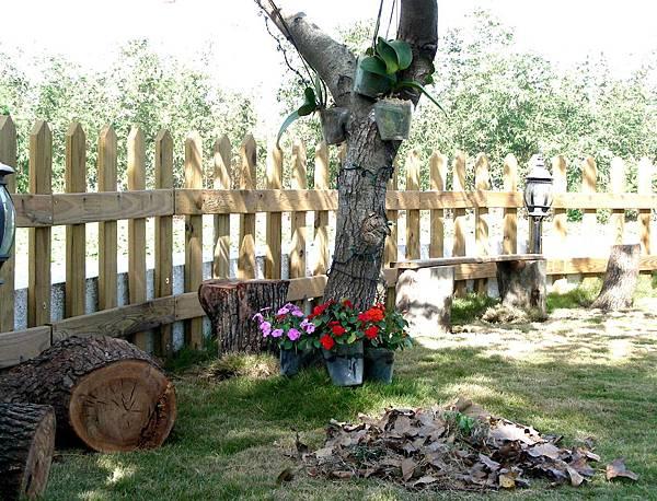 花園中的長板凳 005
