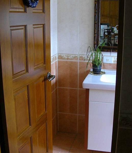 洗手間的收納櫃 002