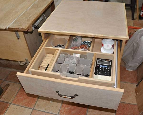 抽中抽工具櫃 012