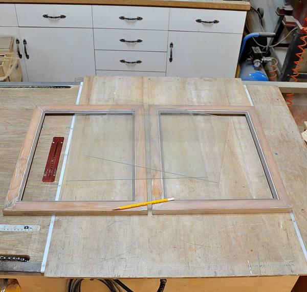 彩繪玻璃櫃 002