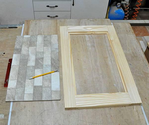 磁磚玻璃櫃 003