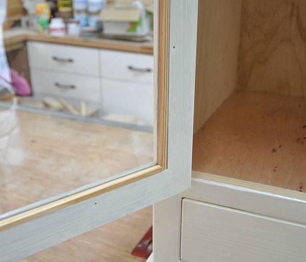 磁磚玻璃櫃 016