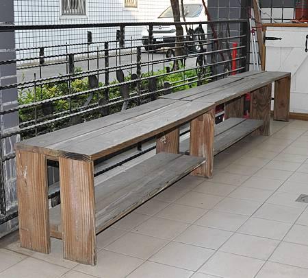鄉村風的長板凳 011