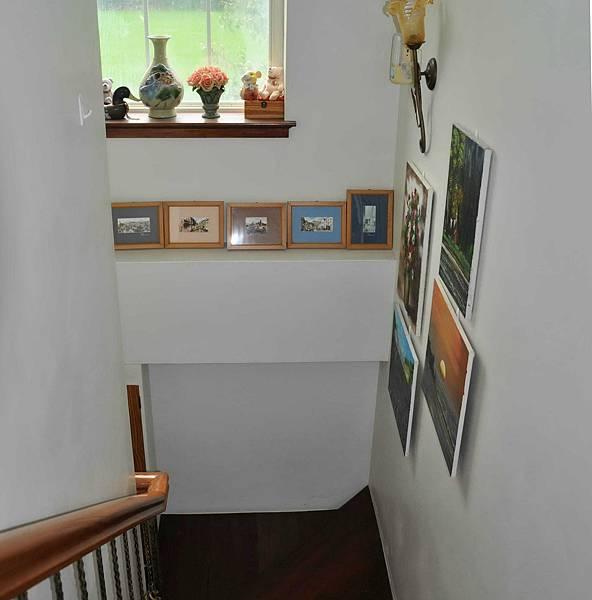 樓梯間的收納 002