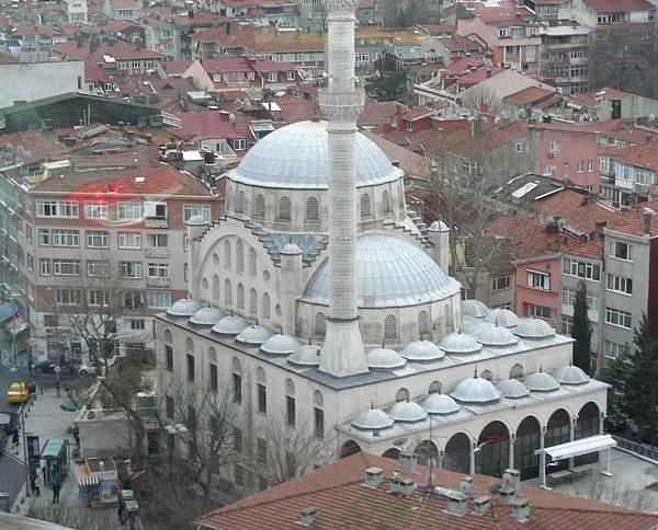 13 杜拜土耳其 100