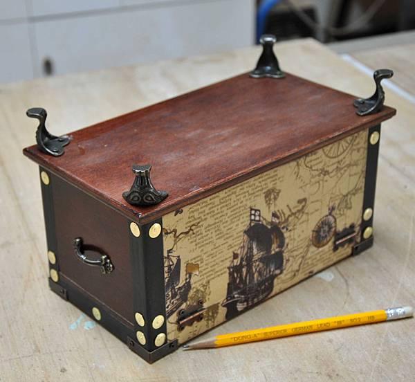 藏寶圖的衛生紙盒 011