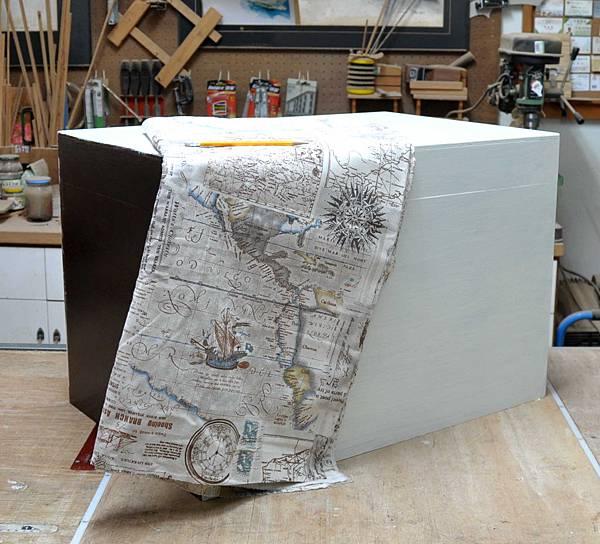 有著航海圖的藏寶箱 008