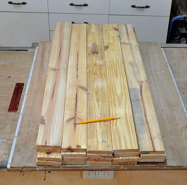 南方松坐式箱型椅 (2)