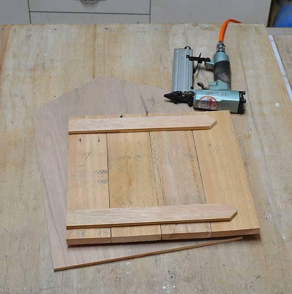 用棧板做的信箱 (7)