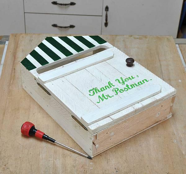 用棧板做的信箱 (12)